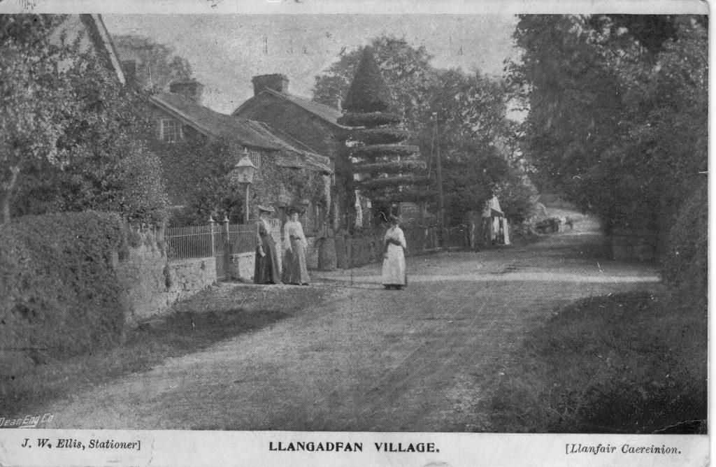 Pentre Llangadfan Village